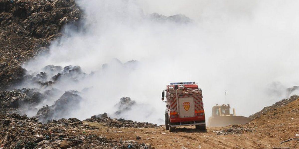 Aprueban crear comisión investigadora por incendio de relleno Santa Marta