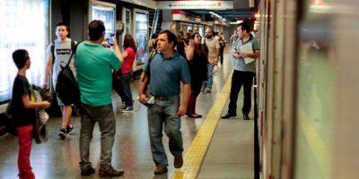 Metro suspendió servicio en 7 estaciones de la L1 por procedimiento policial