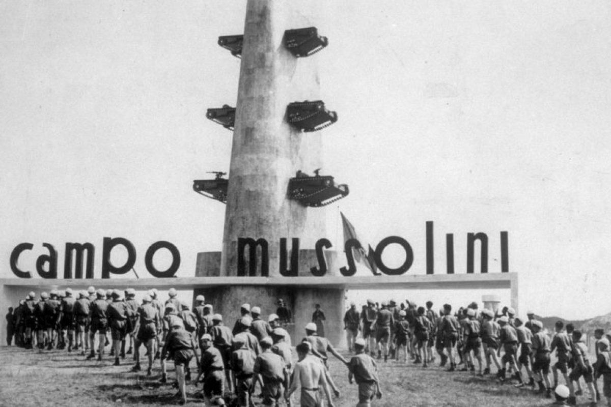 Mussolini se convirtió en un estrecho aliado del canciller alemán Adolf Hitler. Foto:Getty Images. Imagen Por:
