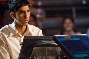 """Dev Patel se hizo famoso por interpretar a """"Jamal"""" en 2008. Foto:vía Warner Bros. Imagen Por:"""