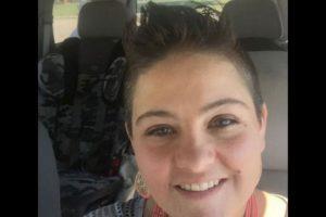 Taloa Foster, de 33 años, estaba tan borracha que dejo que uno de sus gemelos condujera su automóvil. Foto:Vía facebook.com/taloa.foster. Imagen Por: