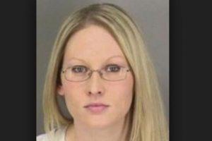 De acuerdo con las autoridades la mujer mostró signos de intoxicación por alcohol y/o drogas. Foto:Vía Omaha Police Department. Imagen Por:
