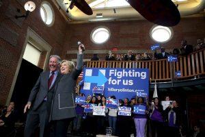 La exprimera dama va a la cabeza de los precandidatos demócratas. Foto:AFP. Imagen Por: