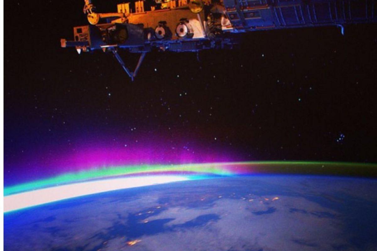 El astronauta estadounidense compartió miles des fotos en sus redes sociales. Foto:twitter.com/StationCDRKelly. Imagen Por: