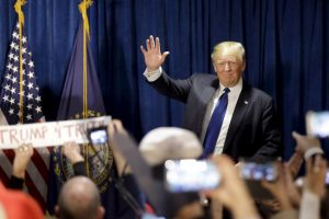"""Su """"rebeldía"""" contra el sistema conservador favoreció su campaña. Foto:AP. Imagen Por:"""