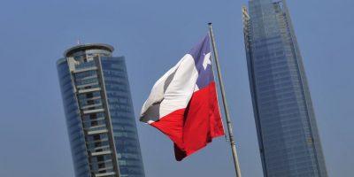 Polémico blog de escritor argentino: los chilenos nos envidian porque tenemos más rasgos europeos