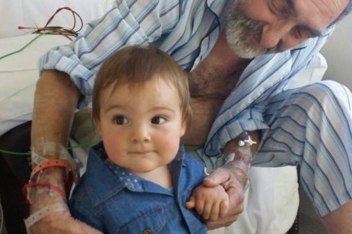 Rodolfo con su hijo menor Foto:Facebook. Imagen Por: