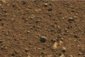 Foto:http://mars.jpl.nasa.gov/msl-raw-images/msss/00003/mcam/0003ML0000090000E1_DXXX.jpg. Imagen Por: