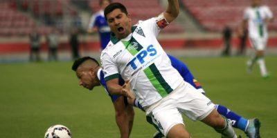 Sonríen en Wanderers: 27 de marzo sería el regreso oficial de David Pizarro a las canchas