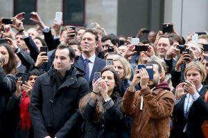 9. Cuando crean demasiados grupos que incluyen a personas que no tienen agregadas en su agenda de contactos Foto:Getty Images. Imagen Por: