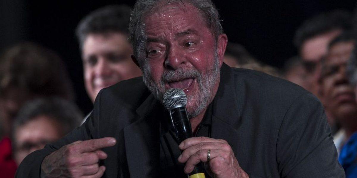 Policía brasileña allana casa de ex presidente Lula  por investigación de fraude en Petrobras