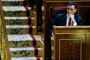 Pedro Sánchez, secretario general del Partido Socialista Obrero Español, hoy durante la sesión de investidura del Congreso de España. Foto:AFP. Imagen Por: