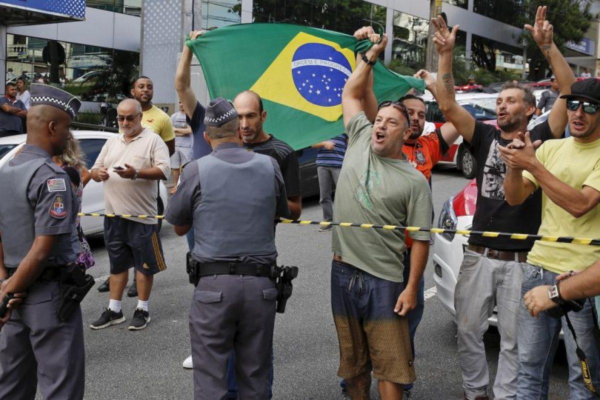 Pero comenzaron a calentarse los ánimos Foto:AP. Imagen Por: