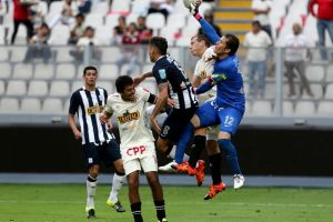 Universitario (9.58 MDE) vs. Alianza Lima (7.33 MDE) = 16.91 MDE Foto: Getty Images. Imagen Por: