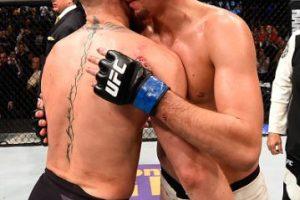 Esto en el combate estelar de UFC 196. Foto:Getty Images. Imagen Por: