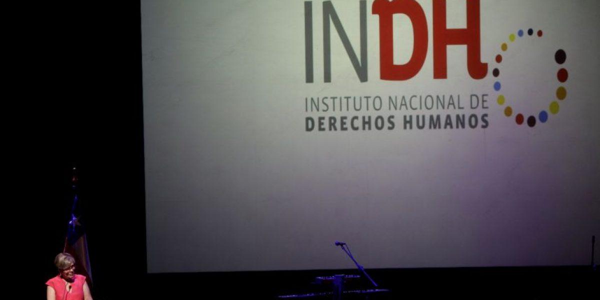 Entregan carta al INDH contra figura del control de identidad preventivo