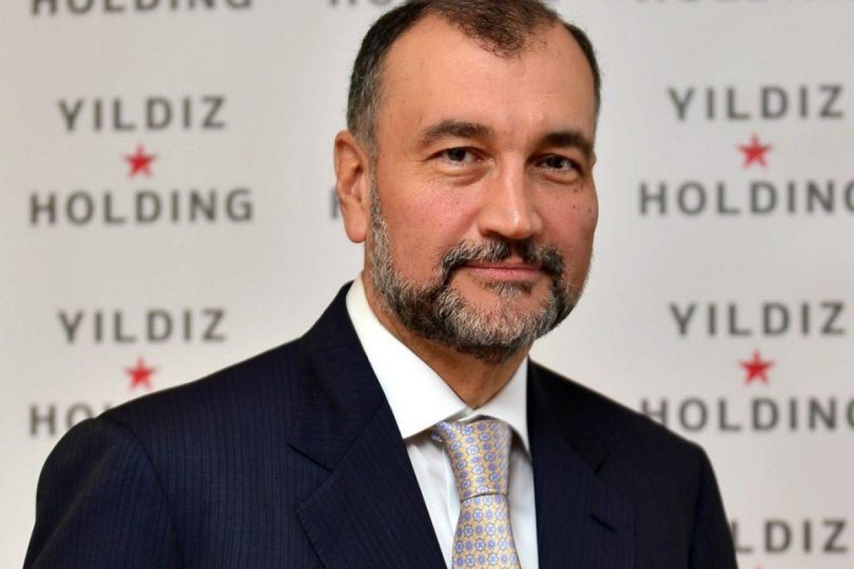 Murat Ulker, empresario turco, con una fortuna de $2.9 mil millones de dólares. Foto:zete.com. Imagen Por: