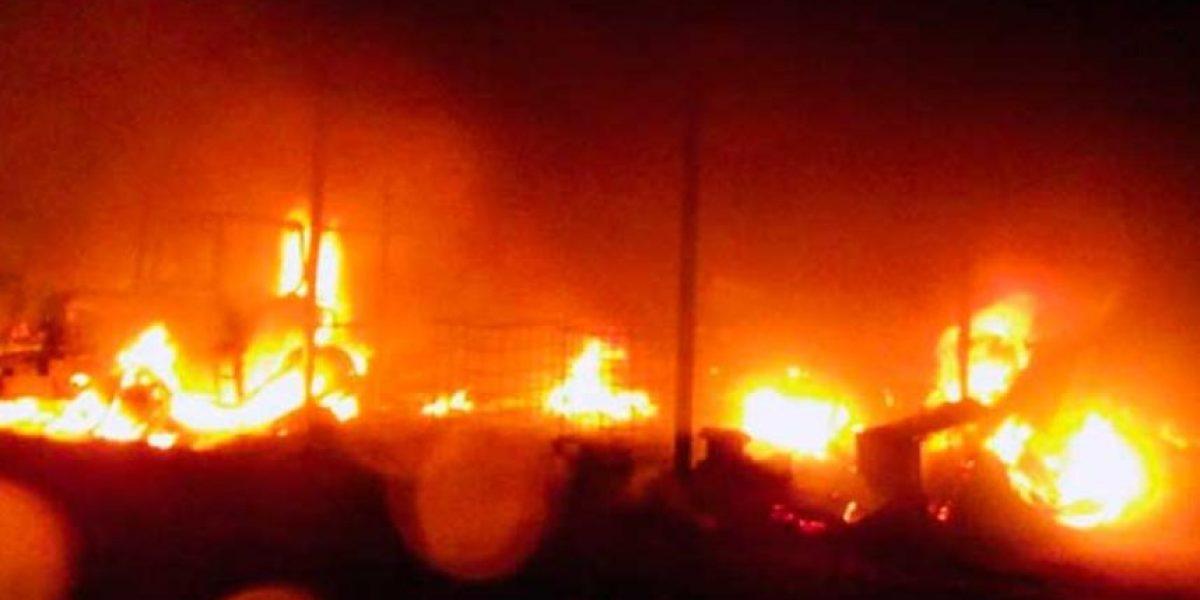 Nuevo ataque incendiario en La Araucanía: queman iglesia y casa del obispado