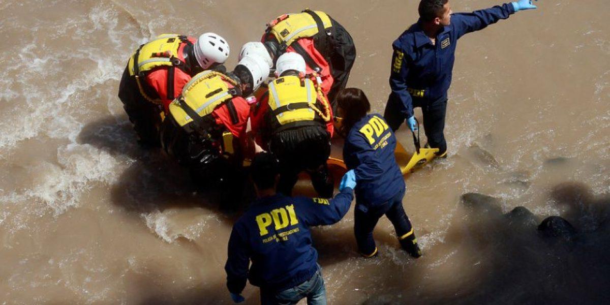 PDI encuentra nuevos restos de mujer descuartizada en el río Mapocho