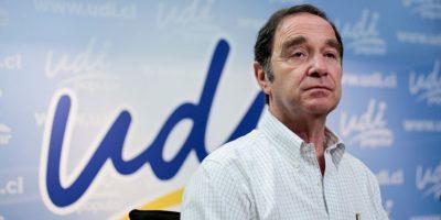Senador Larraín: pedí a la defensa de Pablo Longueira