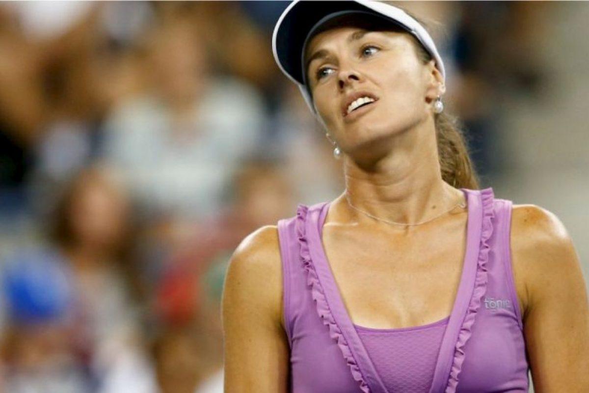 Martina Hingis: La tenista suiza confesó en 2007 que había dado positivo por cocaína y fue suspendida por dos años de las pistas Foto:Getty Images. Imagen Por: