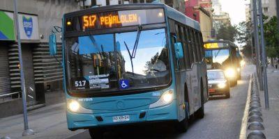 Gobierno analiza focalizar subsidio del Transantiago en los pasajeros