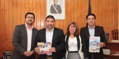 Alcalde firma particular decreto: