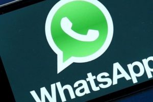 """En el celular antiguo, vayan al menú """"ajustes"""" dentro de WhatsApp. Foto:Tumblr. Imagen Por:"""