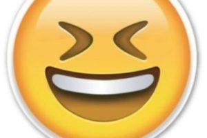 Carcajada Foto:Emojipedia. Imagen Por: