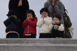 Japón conmemora a las víctimas del terremoto ocurrido el 11 de marzo de 2011 Foto:AFP. Imagen Por: