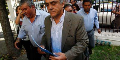 Citan a declarar como testigo a Pablo Longueira en el caso Corpesca