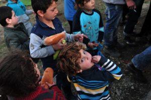 Las llegadas a Grecia continúan con un promedio diario de dos mil migrantes. Foto:AFP. Imagen Por: