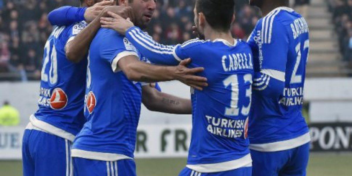 Mauricio Isla marcó un gol en el empate del Olympique de Marsella ante el Lorient