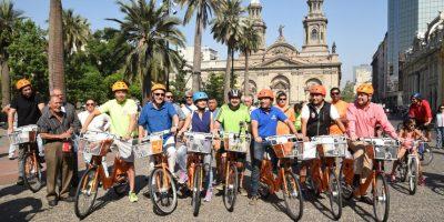Santiago: celebran integración de 14 comunas a red de dos mil bicicletas