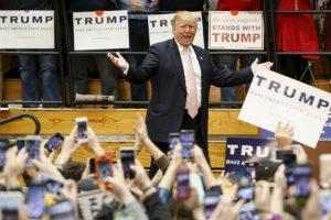 Donald Trump, es el favorito hasta ahora de los precandidatos republicanos, a pesar de su polémica campaña. Foto:AP. Imagen Por: