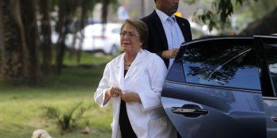 Presidenta Bachelet defiende decisión de implementar nuevamente horario de invierno