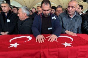Turquía apunta a una suicida kurda como autora de la matanza. Foto:AP. Imagen Por: