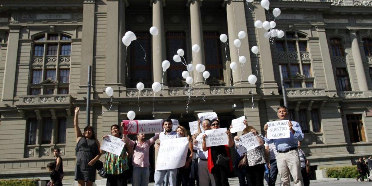 Vecinos de Lo Barnechea y Las Condes defienden polémicos globos de vigilancia