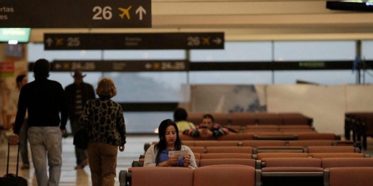 El cambio de hora y las consecuencias para quienes viajan en avión