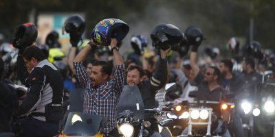 10 mil motociclistas en caravana por Santiago en contra de la restricción