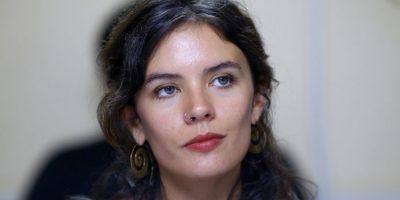 """Diputada Camila Vallejo desmiente último rumor en redes sociales: """"¡No tengo un Audi!"""""""