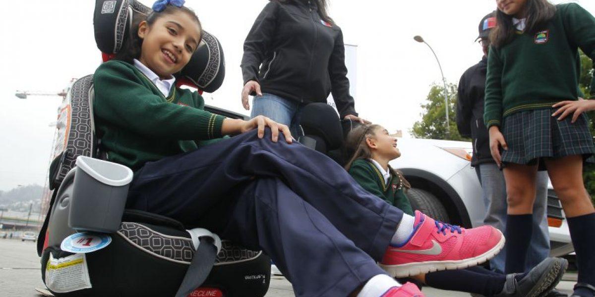 Desde este miércoles rige nueva normativa protectora de niños que viajan en autos livianos