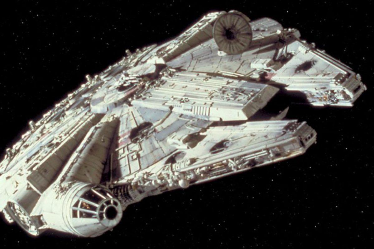 """Investigadores ovni aseguran que el """"Halcón Milenario"""" de """"Han Solo"""" podría estar en el Área 51 Foto:Lucas Films. Imagen Por:"""