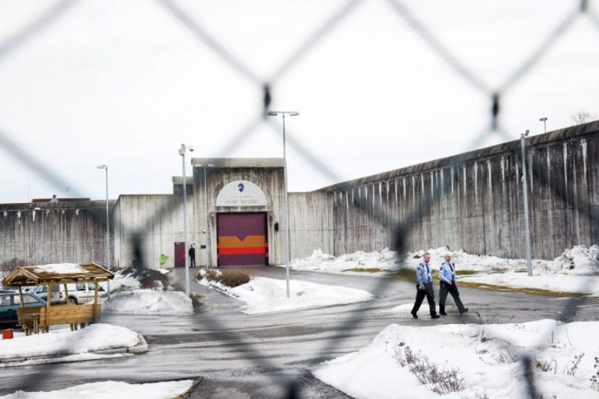 El noruego lleva tres años en la cárcel Skien. Foto:AFP. Imagen Por:
