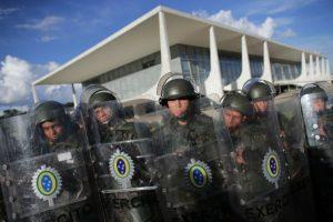La noticia no fue muy bien recibida por toda la población brasileña. Foto:AP. Imagen Por: