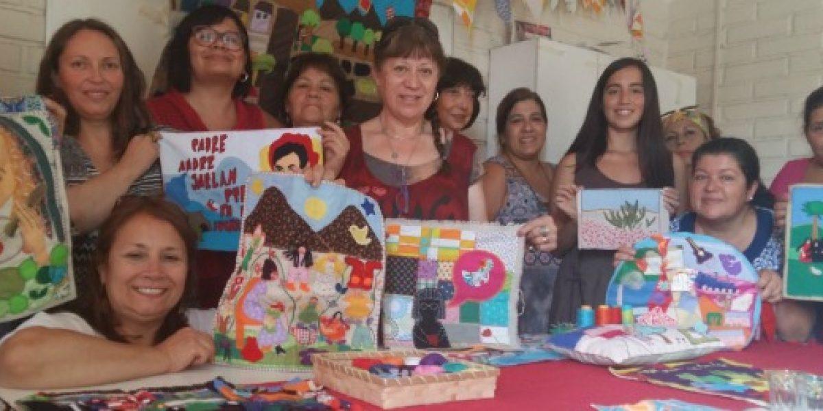 Arpilleristas de Memorarte quieren llevar sus telas a todo Chile