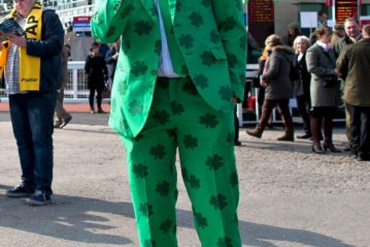 Asistentes al Cheltenham Festival (Reino Unido) durante la celebración del Día de San Patricio Foto:Getty Images. Imagen Por: