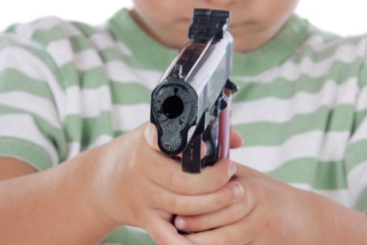 Tenía 14 años cuando mató a golpes a su vecina de ocho años. Estaban jugando, cuando le dio un pelotazo, y ella se puso a llorar. Él no pudo más con el llanto y la mató. Foto:Pixabay. Imagen Por: