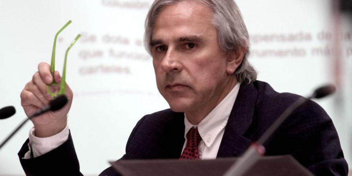 Senador Moreira no tendrá opción de cerrar Caso Penta sin condena