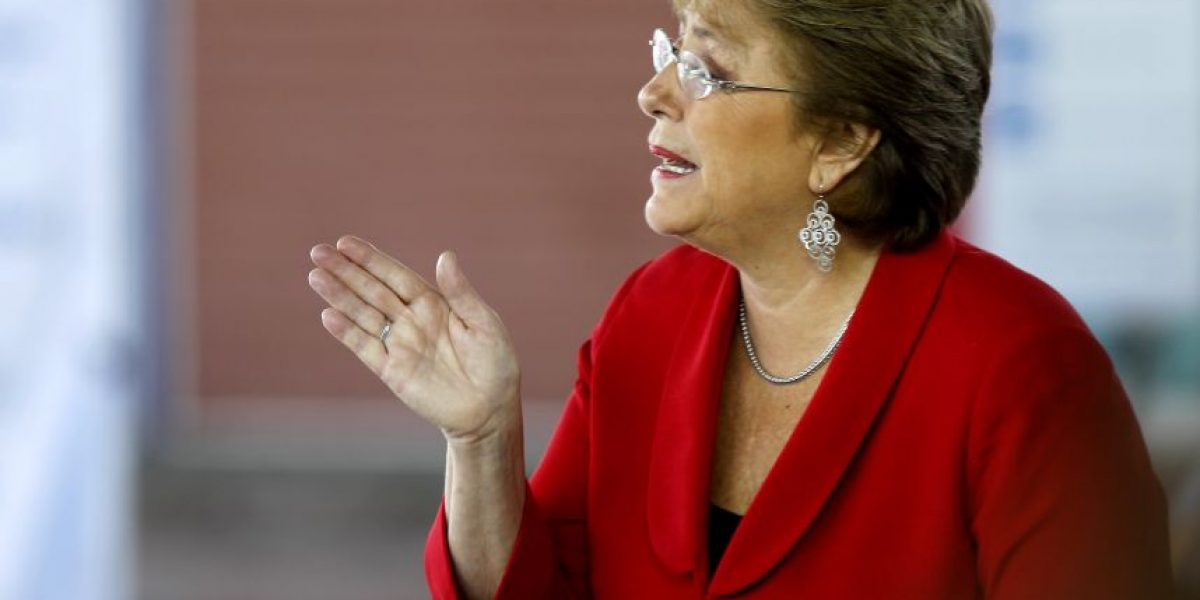 Bachelet responde a ME-O y descarta que firma brasileña vinculada en corrupción financiara su campaña
